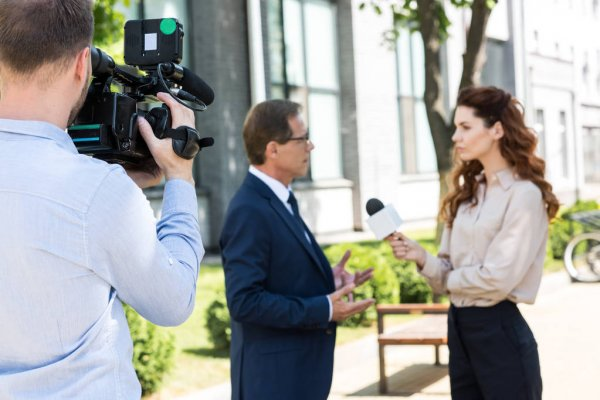 Курти призвал Белград «снять шовинистические очки»