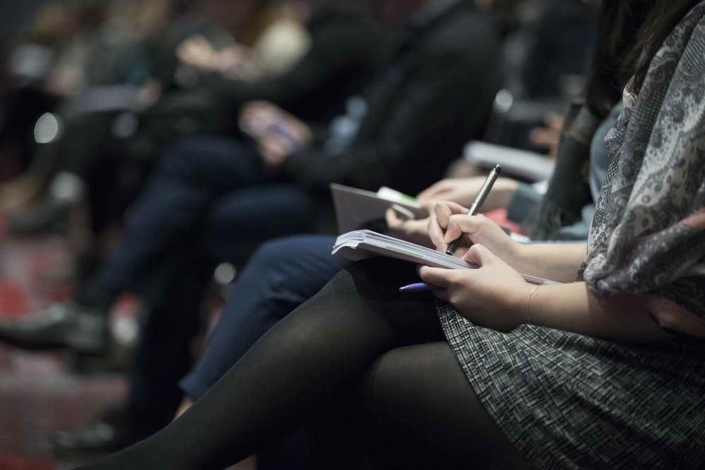 Число зарегистрированных безработных в Кировской области снизилось почти на 2000 человек