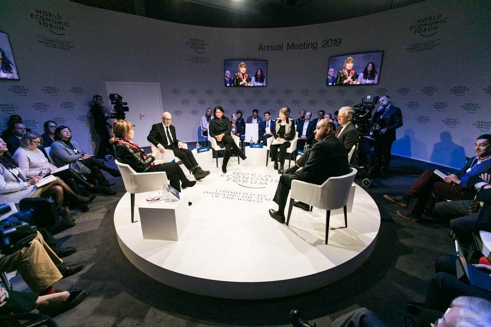 BBC News: Путин отсрочил выбор преемника и передачу власти