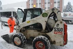 Прокуратура: 40% снегоуборочной техники в городе простаивает
