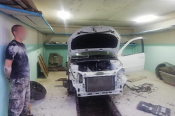 Автослесарь продавал угнанные машины на запчасти