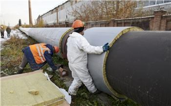 В Красноярске надземную тепломагистраль изолируют новым способом