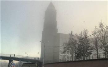 Красноярцы делятся снимками окутанного туманом города