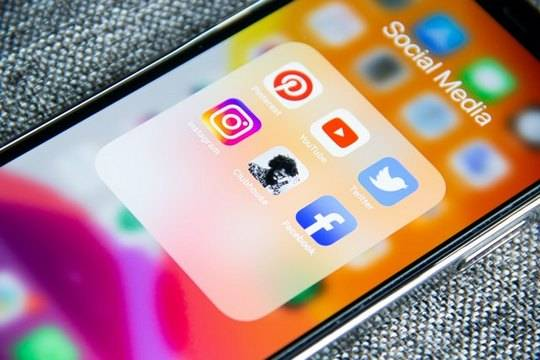 Clubhouse отменил систему приглашений для регистрации в соцсети