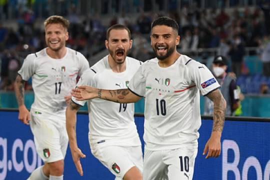 Счет на Евро-2020 впервые в истории открылся автоголом: сборная Италии разгромила команду Турции в матче-открытии