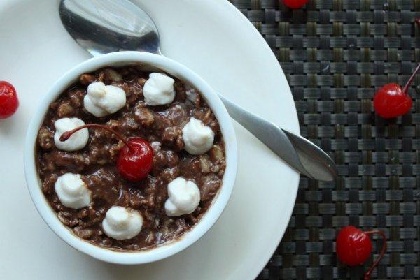 Тёмная сторона овсянки: Особый завтрак лечит от угрей и прыщей