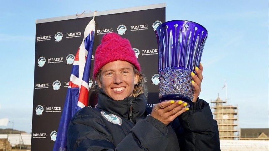 В рекордный 44 раз жительница Австралии переплыла Ла-Манш