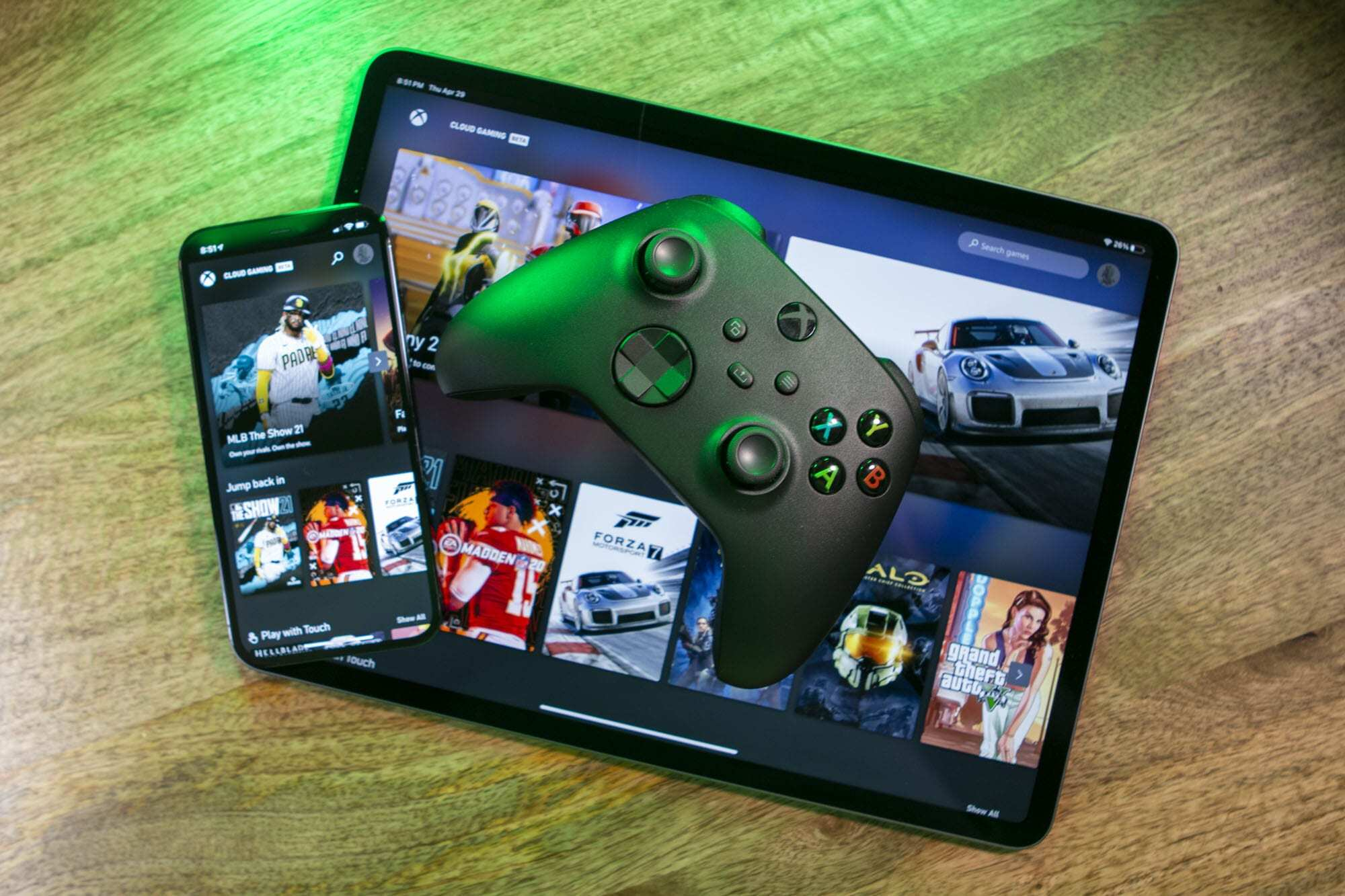 Запускать компьютерные игры на смартфоне можно будет уже в этом году