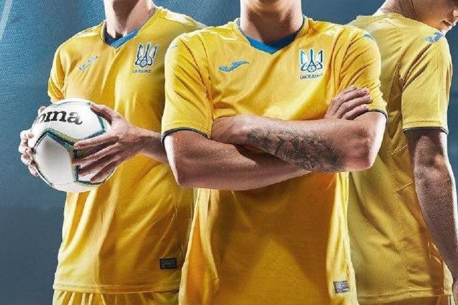 УЕФА: мы попросили Украину прикрыть слоган 'героям слава'