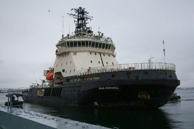 Идем на север. Для ВМФ России в Арктике построят пять ледоколов
