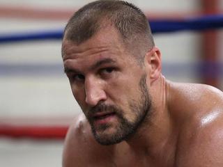 Бой между Ковалевым и Меликузиевым отменен