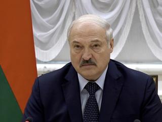 Лукашенко принял отставку Шеймана