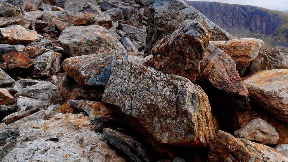 Восемь туристов из Москвы попали под камнепад в Кабардино-Балкарии