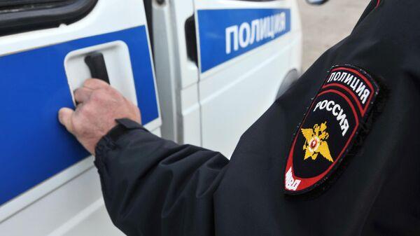 В Приморье двух полицейских заподозрили в избиении человека