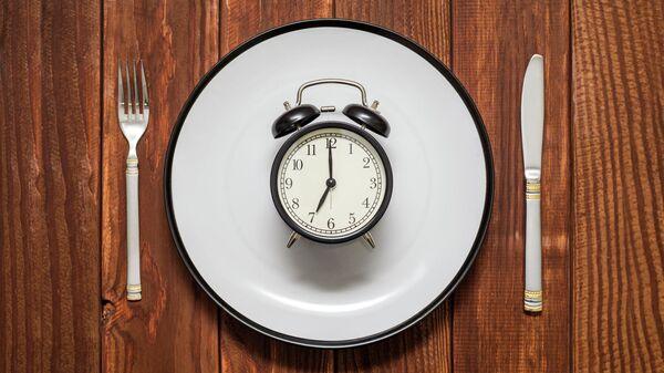 Названы мешающие похудеть пять вредных привычек