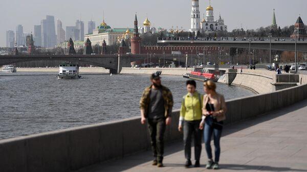 В Кремле разъяснили, как рассчитают зарплату в майские праздники