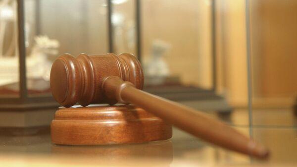 Суд в Москве не стал арестовывать врача по делу о торговле детьми