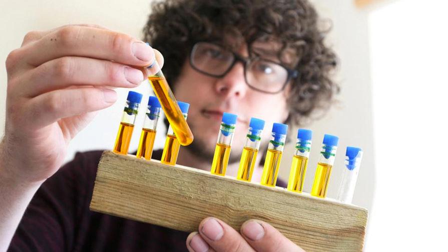 Ученые рассказали о пользе очков во время пандемии коронавируса