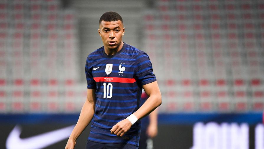 Игрок сборной Франции Жиру извинился перед Мбаппе за слова после матча с Болгарией