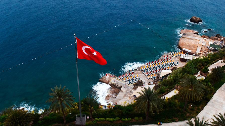 В Турции зафиксирован рекордный с 25 мая прирост заразившихся COVID-19