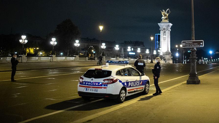 В Париже жители вышли на акцию 'Жилье для всех'
