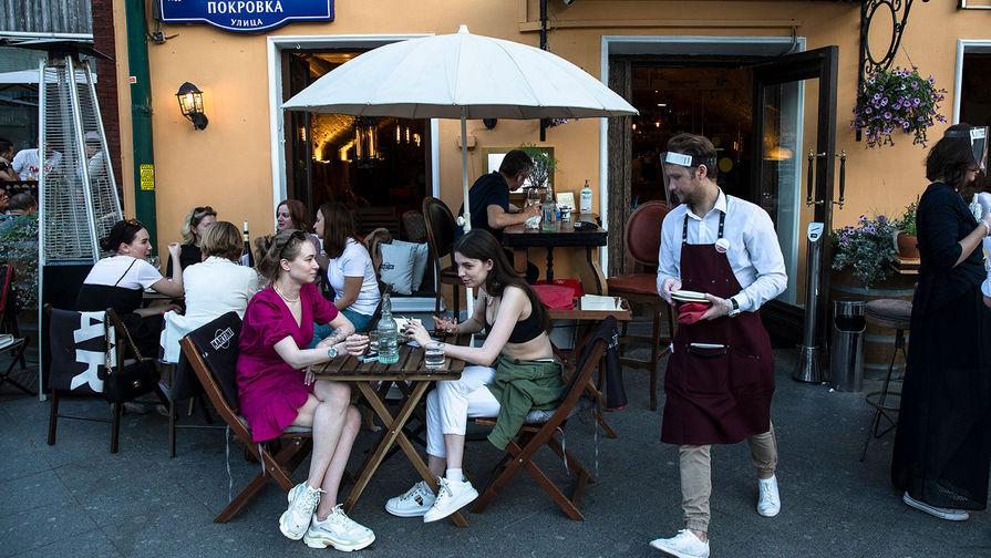 Эксперт спрогнозировал сроки восстановления оборотов московских ресторанов