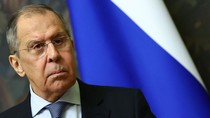 Лавров отреагировал на планы США направить корабли в Черное море