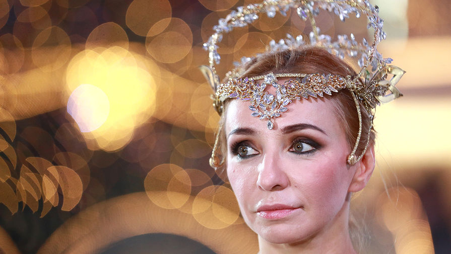 Навка поздравила Костомарова и Жулина с юбилеем победы на Олимпиаде