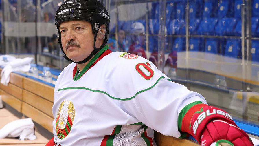 Лукашенко раскритиковал хоккейную сборную Белоруссии после поражения от Польши