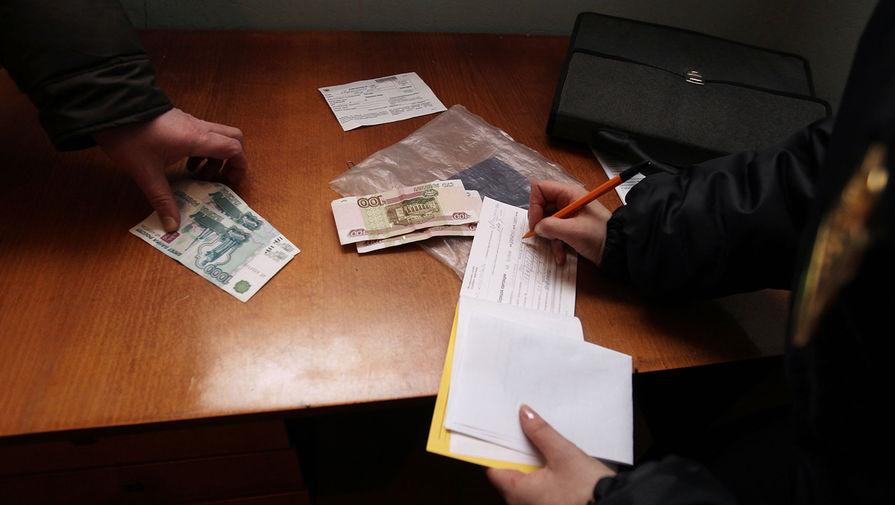 Долги обанкротившихся россиян хотят собирать с их детей