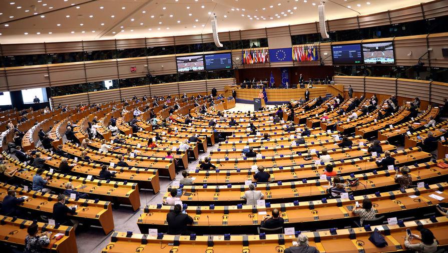 В Европарламенте выступили за остановку 'Северного потока - 2'
