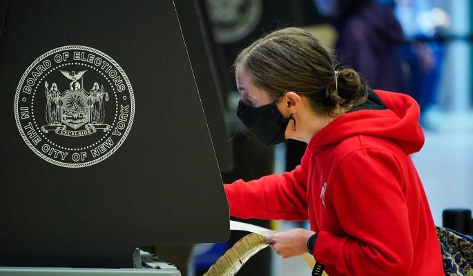 Володин: США могли бы поучиться проводить выборы у Казахстана и Киргизии