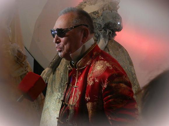 СК проверит сообщения о возможных махинациях против 83-летнего модельера Зайцева