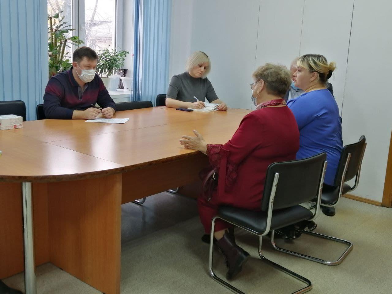 Проблему снабжения льготными лекарствами решим в кратчайшие сроки – спикер Заксобрания ЕАО Роман Бойко
