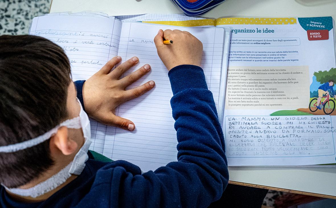 Второй иностранный язык в школах сделали необязательным