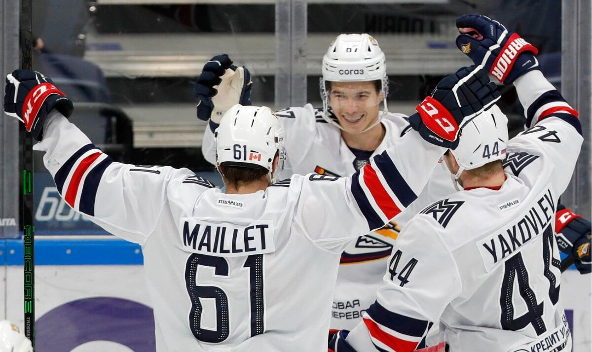 «Магнитка» обыграла «Ак Барс», продлив победную серию до 14 матчей