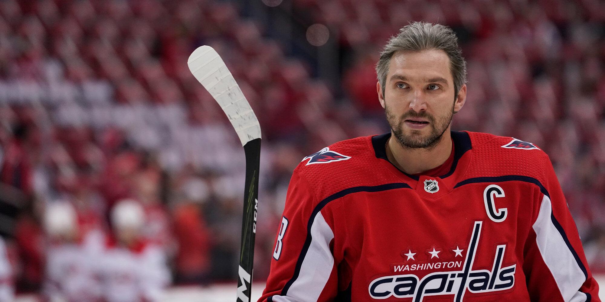Овечкин забросил 731-ю и 732-ю шайбы и вышел на 5-е место в НХЛ, обогнав Дионна. До Халла – 9 голов