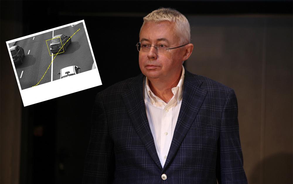 Игорь Малашенко нарушает ПДД даже после смерти. Ошибка системы позволяет реальному водителю авто забыть о штрафах