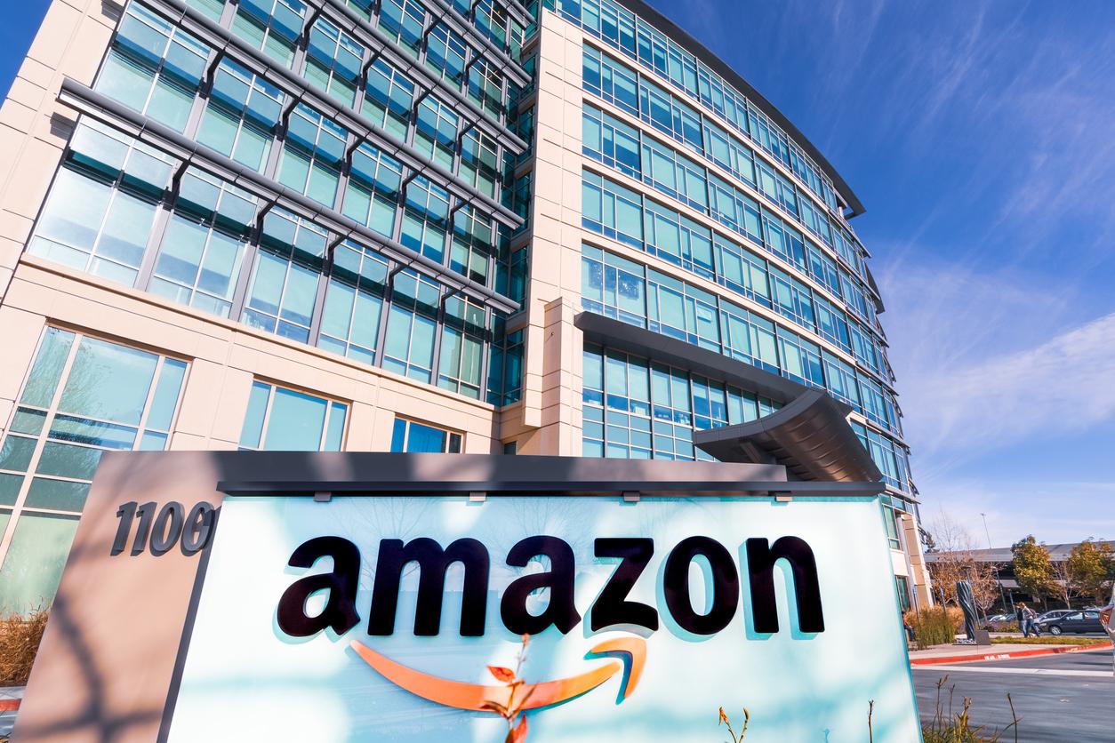 Amazon разрешила своим офисным сотрудникам работать удаленно два дня в неделю
