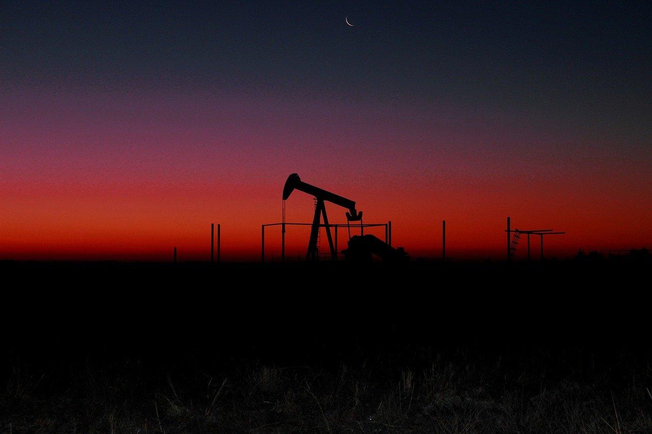 В Роснедрах рассказали, на сколько лет в России хватит запасов нефти