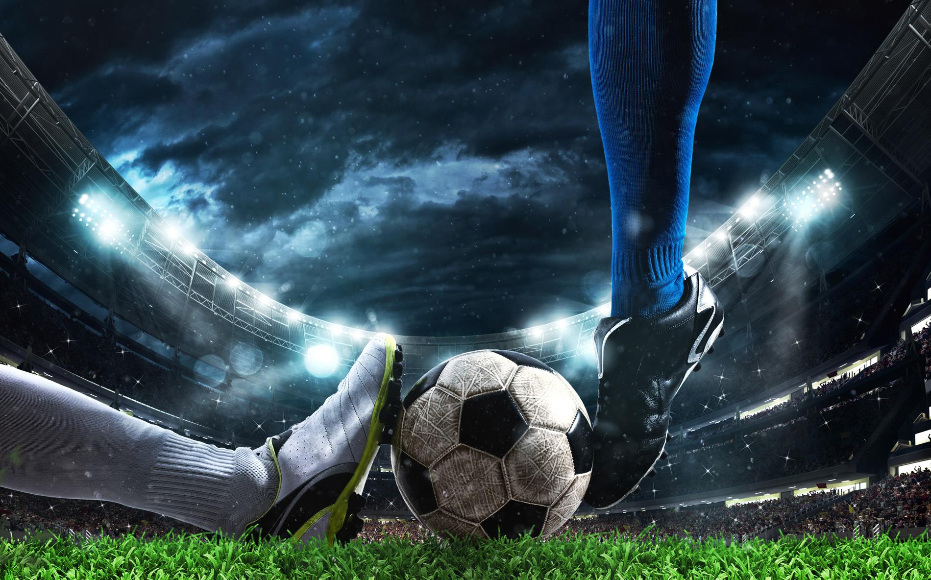 'Система больше не работает': Президент 'Наполи' призвал создать новый турнир вместо Лиги чемпионов и Лиги Европы