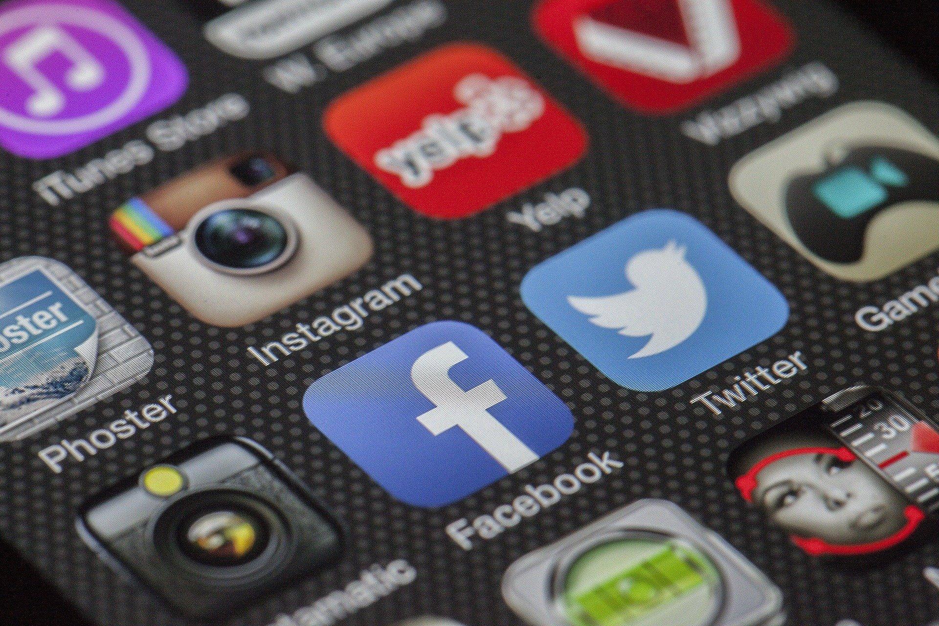 В России могут снова оштрафовать Twitter, Facebook и Google за отказ удалить запрещённую информацию