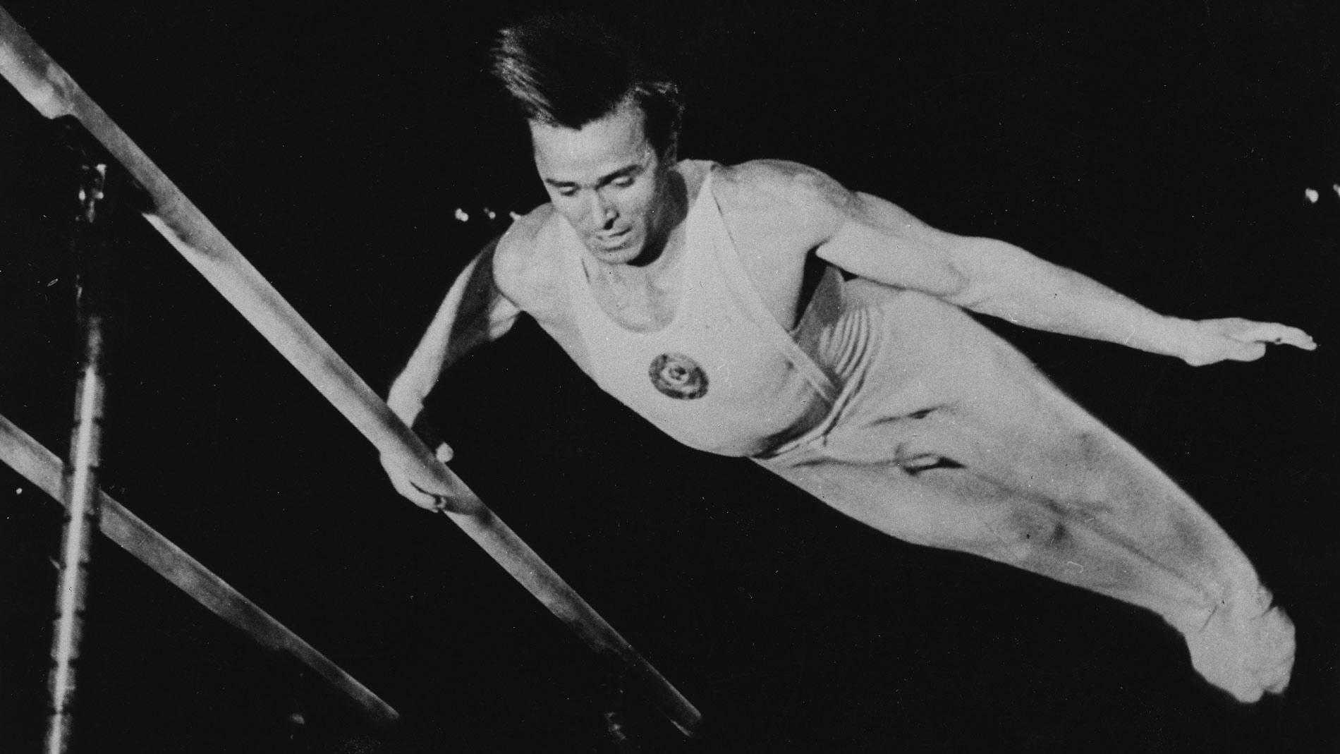 'У него невозможно выиграть': Как узник концлагерей Чукарин, весивший 40 кг, завоевал на Олимпиадах пять золотых медалей по гимнастике